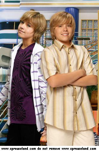 Watch Series The Suite Life on Deck Season 1